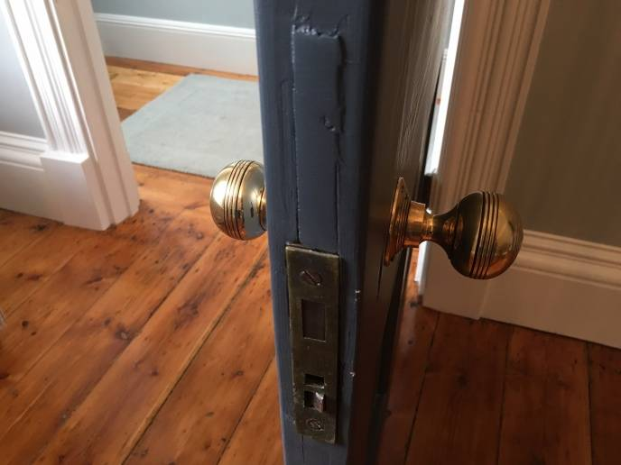 Georgian door knobs brass reeded large